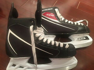 Hockey skates size 7