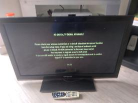 """32""""tv not smart"""