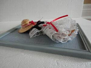 HANDMADE VINTAGE LACE DOLL DECORATIVE COLLECTIBLE WALL HANGING London Ontario image 3