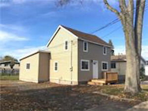 OPEN HOUSE SUNDAY DECEMBER 4TH FROM 1-2:45PM