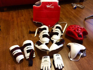 Tae Kwan Do Sparring Gear - Size 2 - like NEW St. John's Newfoundland image 1