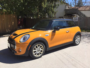2014 MINI COOPER S, 6 Speed Manual, Immaculate condition