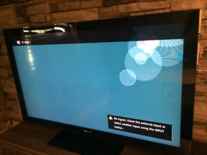 """Moving so I need gone. Barely used Sony Bravia 48"""" flat screen"""