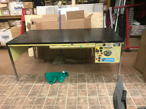 Free desks - want gone asap - no delivery available