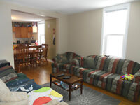 ATTENTION STUDENTS!! ALL INCLUSIVE 4 BDRM HOUSE!