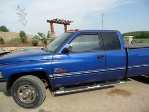1995 Dodge Power Ram 2500 Pickup Truck