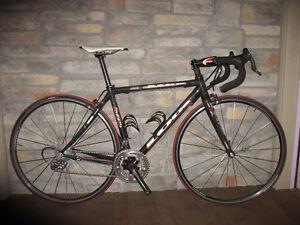 Vélo de route Carbone - Handmade 585 XS