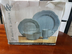Mayfair & Jackson Stoneware Dinnerware set