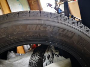 "3 - 18"" Michelin​ X-Ice Tires"