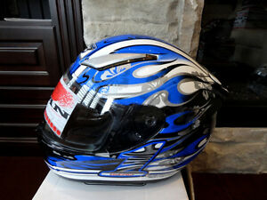 Zoan Revenge Helmet Size XS Blue Flame w/4 Visors Incl.Brand New Kitchener / Waterloo Kitchener Area image 1
