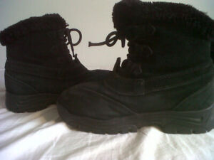Women's Winter Sorel Boots, In Excellent Condition, Size 8