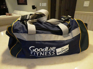 Womens Goodlife For Women Duffle Bag In Excellent Shape
