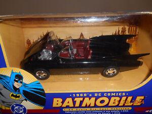 1/24 scale die cast BATMOBILE made by corgi Kitchener / Waterloo Kitchener Area image 1