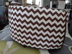 Brown and white baby bunper pad.new