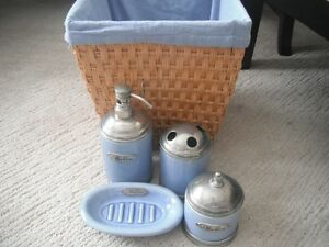 Blue Max Cocos Bath Accessories Set