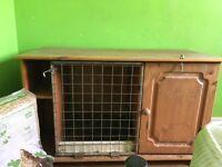 Pet / rabbit hutch / hut