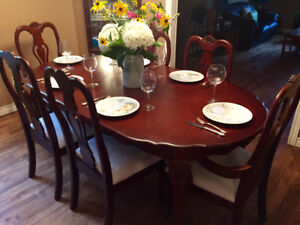 Solid Wood Dining Table Set with Hutch