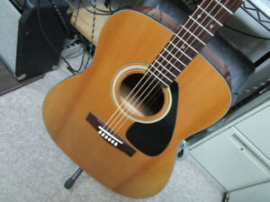 martin guitar buy or sell guitars in ottawa gatineau area kijiji classifieds. Black Bedroom Furniture Sets. Home Design Ideas