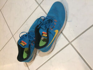 Nike Free runners in good condition only $20