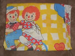 Vintage Raggedy Ann and Andy FLAT SHEET