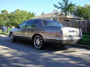 ForSale:1998 Cadillac deville Chrome luxury <reduced price>