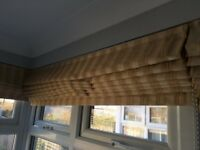 Set of six good quality, made to measure, attractive Roman blinds