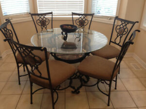 Dining Table with 6 Seats and Glass Top (GREAT Condition)