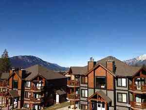 **Large Penthouse 3 bed 2.5 bath now available in Radium**
