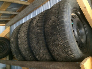 Studded winter tires w/rims
