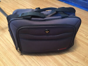 Swiss Travel laptop / messenger bag. Great condition!