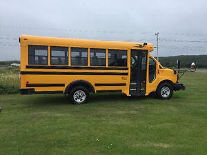 2014 -18 passenger minibus