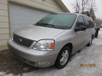 2005 Ford Freestar LIMITED Edition-MUST SEE