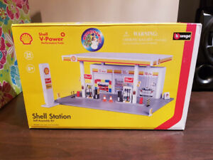 Shell petrol station toy for boys and girls