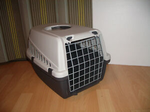 """NEW """""""" SAVIC """""""" -- Pet TROTTER / carrier- --- NEW"""