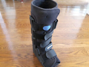 Breg Air Cast Walker Boot (Small) for Sale