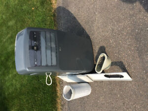 LG portable Air Conditioner, only used 1 season