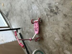 """Girls Bicycle for sale - 16"""" and Scooter"""