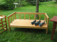 Solid Oak Wood Day Bed /Seat for Sale