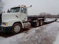 Freightliner,  Day cab, detachable float