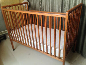 BABY CRIB, MATTRESS & ACCESSORIES