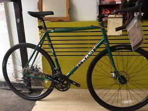 Vélo cycloturisme MASI  60cm