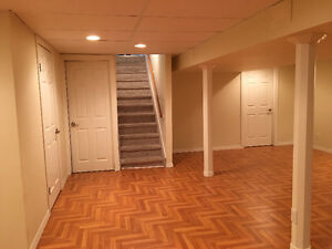 New update close university basement room for rent