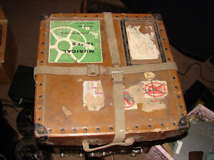 Fiberbilt shipping case / 3  reels in case Antique 20s Strathcona County Edmonton Area image 1