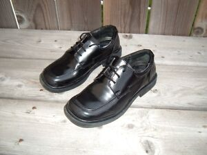 Buster Brown Boys Dress Shoes