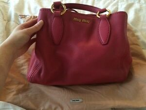 Authentic miu miu grained leather tote in peony pink Kitchener / Waterloo Kitchener Area image 2