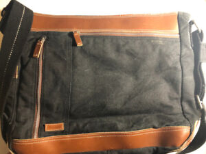 Roots Canvas  and Leather messenger shoulder bag