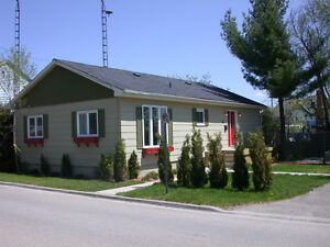 Fully Furnished 3 Bedroom House, All Inclusive Rent, Gananoque