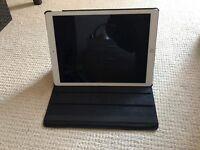 New iPad PRO 128 gB Space Grey 12.9in (Lastest Version) .