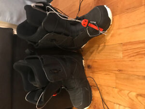 Snowboard and snowboard boots