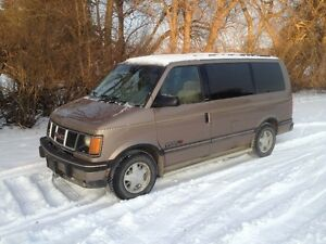 1994 GMC Safari Minivan, 8 Seater, very clean !